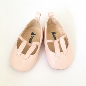 Baby Gap soft pink bunny ear ballet size 3-6M